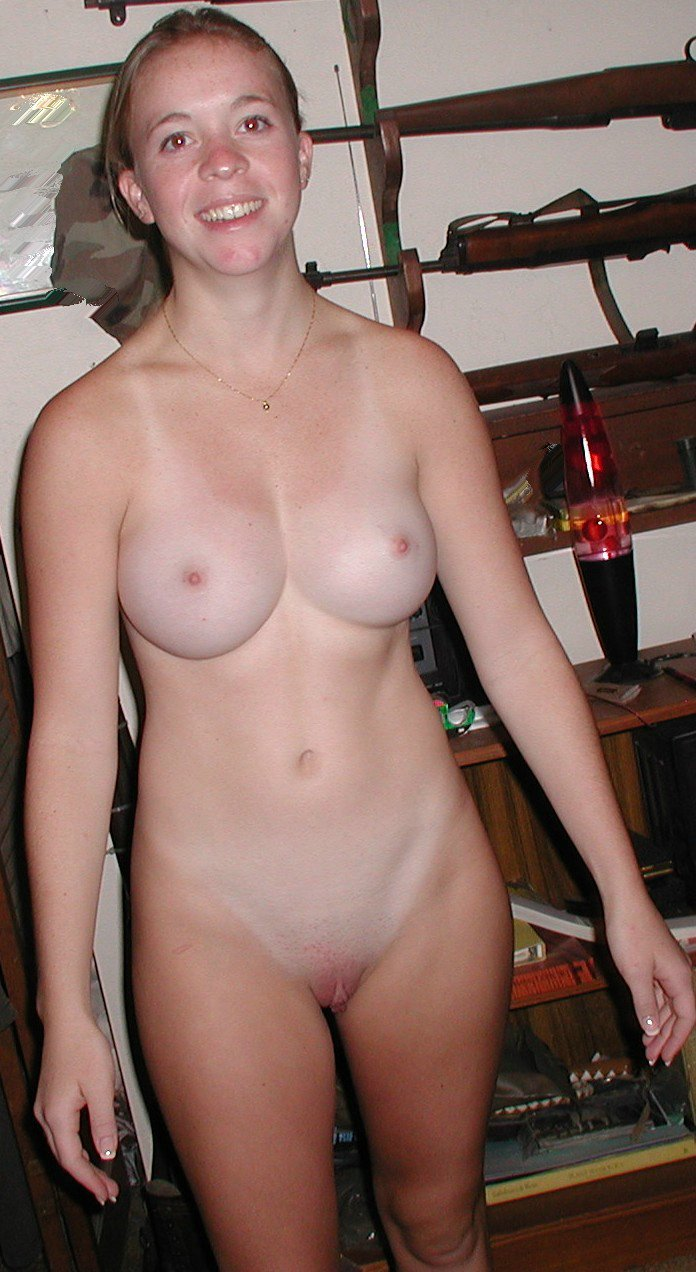 Porn Pix Young busty anal